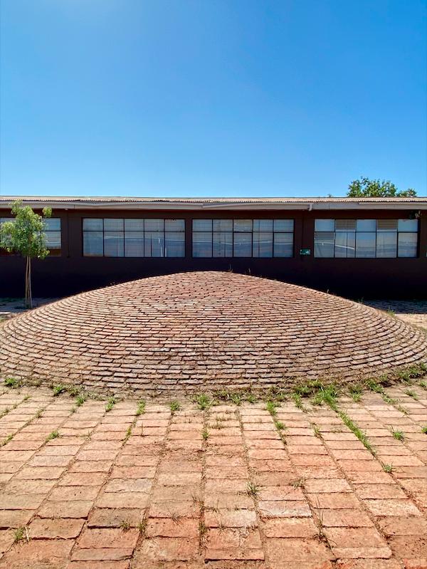 """Elige Educar: Así se convirtió este patio escolar en un imponente """"paisaje de aprendizaje"""""""